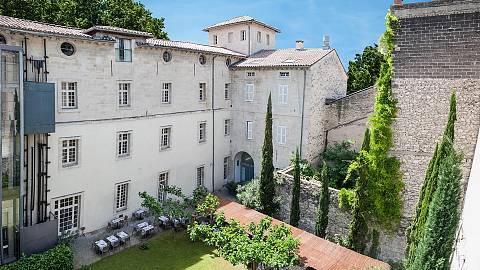 Hôtel Cloitre Saint Louis | 4 star hotel in Avignon | Best ...